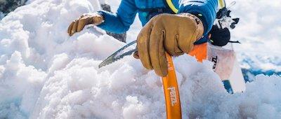 piolet de esquí de travesía